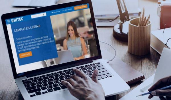 Computadora con campus en línea UNITEC